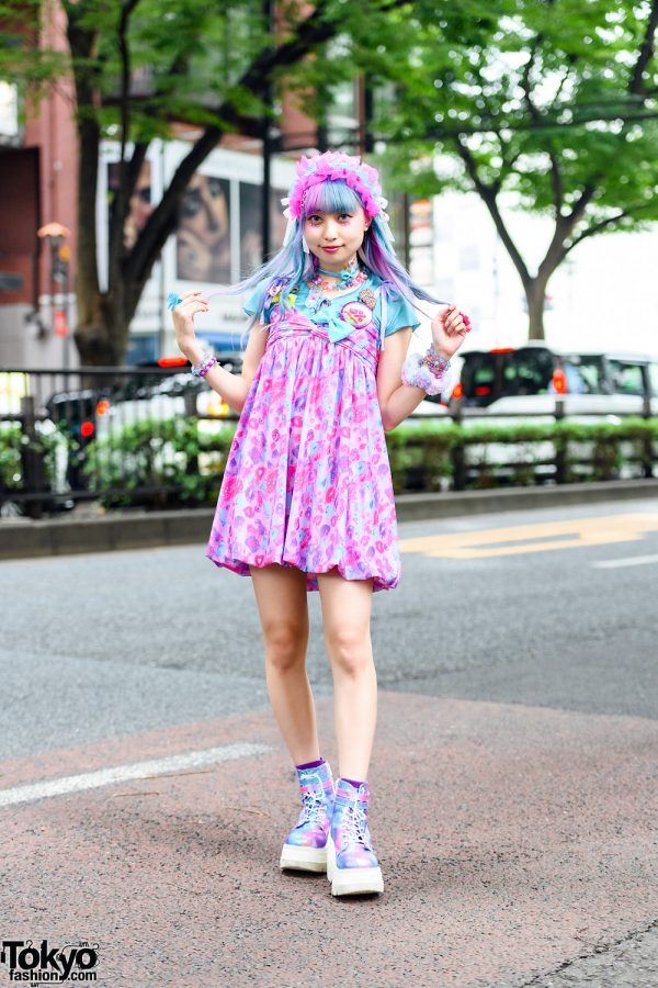 Harajuku Pastel Street Style w/ Unicorn Hair, Ruffled Bow Headdress, 6%DokiDoki Babydoll Dress, Glem Accessories & Demonia Iridescent Boots