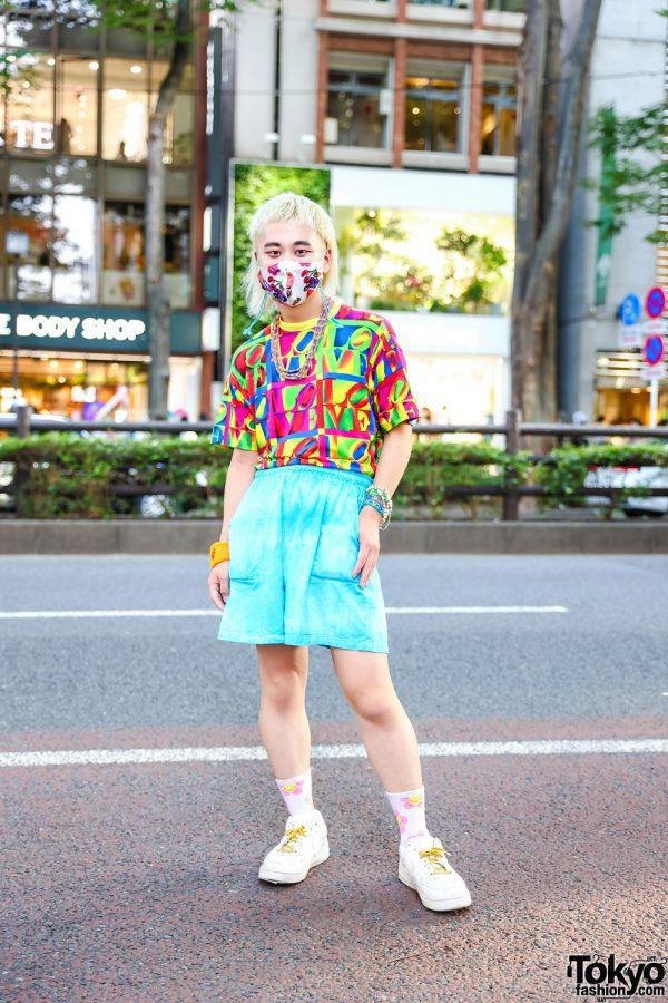 Harajuku Kawaii Street Style w/ Kobinai Face Mask, Vintage LOVE Graphic Print Shirt, Vintage Teal Shorts, Nike White Sneakers, Smiley Wristband & Chicago Accessories