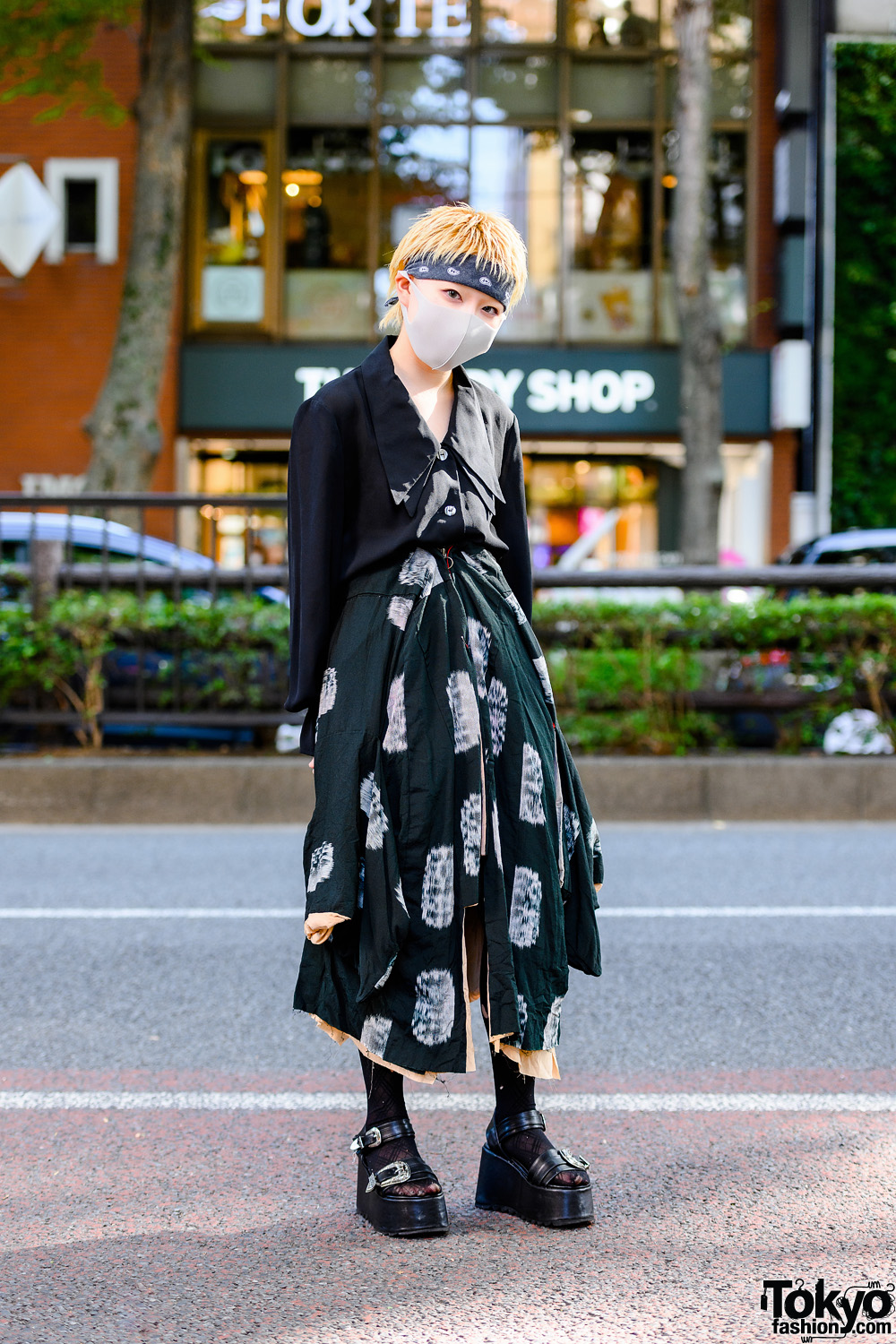 Japanese Fashion Student in Tokyo w/ Headband, Double Lapel Blouse, Handmade Asymmetric Skirt, Ripped Tights & Platform Buckle Sandals