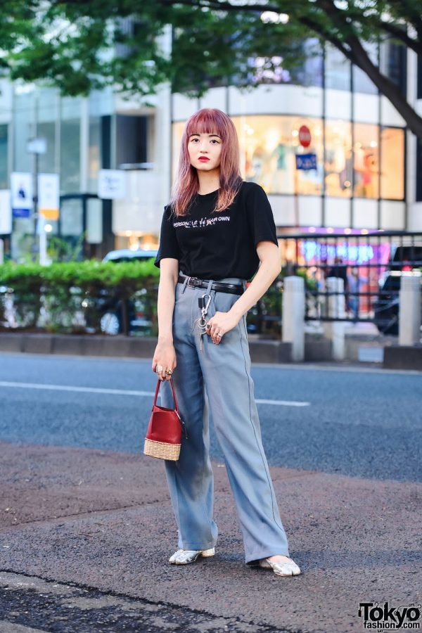 Tokyo Streetwear Style w/ Pink Hair, Un by Tomoyo Yoshida Rings, Salix T-Shirt, Dairiku Pants, Banoll Bucket Bag & Maison Margiela Tabi Shoes