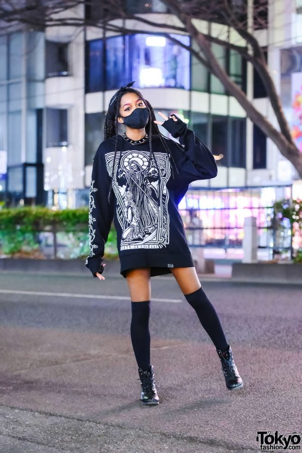 """Art Student in Killstar """"Death Is A Promise"""" Hoodie Sweater, Twin Tails, Spiked Choker & Nine West Boots"""