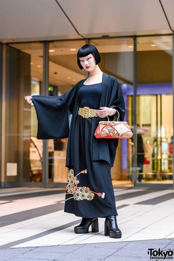 Japanese Fashion & Beauty TikToker in Vintage Kimono Street Style in Shibuya, Tokyo