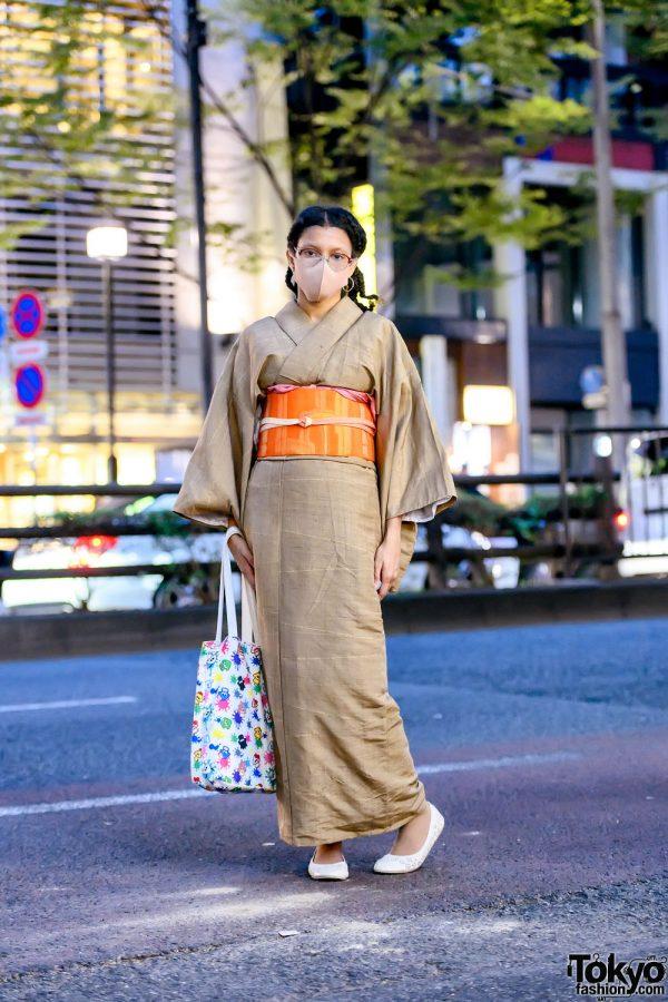Harajuku Designer in Vintage Kimono, Splatoon 2 x Sanrio Bag & Capelli New York Flats