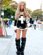 Black Diamond Gyaru Yui w/ Knee-high Furry Boots & Cross Top in Shibuya