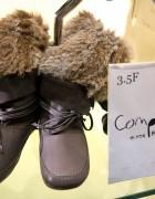 Tokyo Fashion Trend: Fur Boots, Furry Leg Warmers