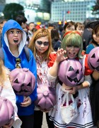 Japan Halloween Costumes – Pictures & Video From Tokyo!