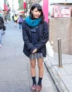 Harajuku Girl in Japanese School Uniform w/ DC Comics Tote Bag