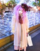 Japanese Shironuri Artist Minori in Harajuku on Christmas Day