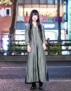 Minimalist Japanese Street Fashion w/ Long Black Hair Style, Vintage Linen Coat, Uniqlo, Muji & Dr. Martens Boots
