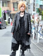 The GazettE Fan in Harajuku w/ All-Black Sex Pot Revenge & Monomania Fashion