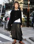 Asymmetrical Poncho & Sarueru Pants in Harajuku
