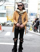 Fashionable Japanese Guy in Banal Chic Bizarre Leather Jacket & Tokyo Bopper Boots in Harajuku