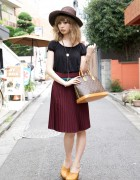 Stylish Girl's Wide-Brimmed Hat, Peasant Top & American Apparel Skirt