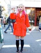 Coi from Bubbles Harajuku w/ Pink Hair, Red Coat, Green Earrings & Purple Fangs