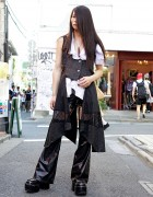 Malice Mizer Fan Wearing Gothic h.Naoto Fashion in Harajuku