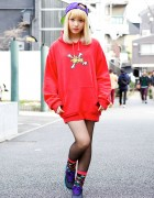 Harajuku Girl in Oversized Stussy Hoodie, Cap & Colorful Socks