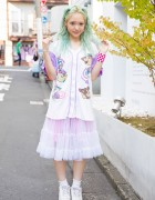 Green Haired Harajuku Girl w/ Looney Tunes Jersey, Sheer Skirt & Pastel Eye Makeup